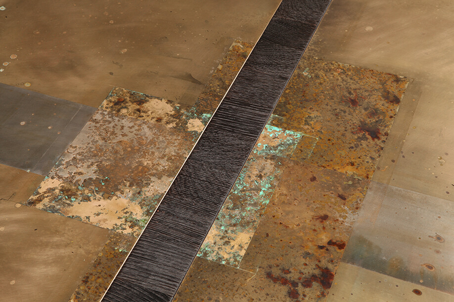 coffee-table4_divided-lands-bronze_3