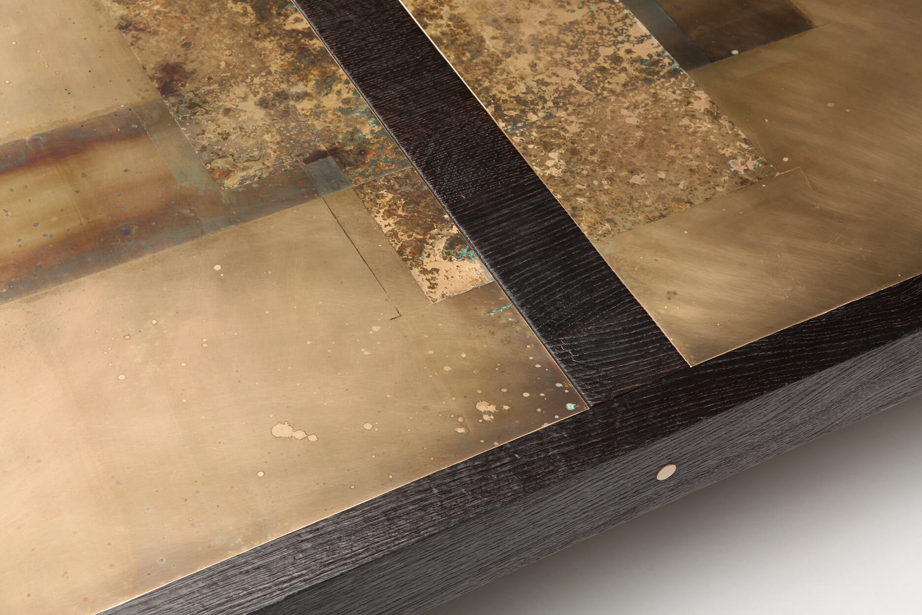 coffee-table4_divided-lands-bronze_4